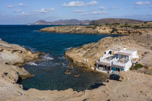 aqua_house_2_ideal_vacations_21