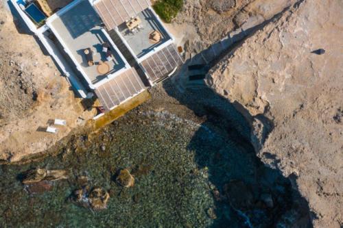 ideal_vacations_aqua_house_2_03