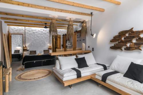 ideal_vacations_aqua_house_2_36