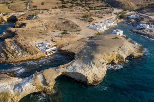 ideal_vacations_aqua_house_3_02
