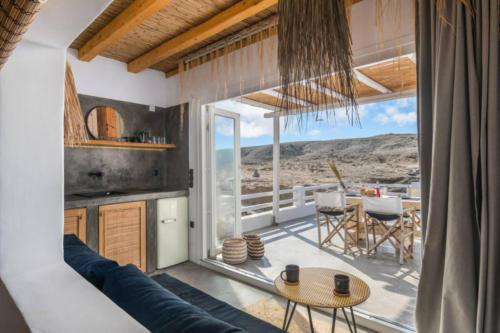 ideal_vacations_aqua_house_3_19