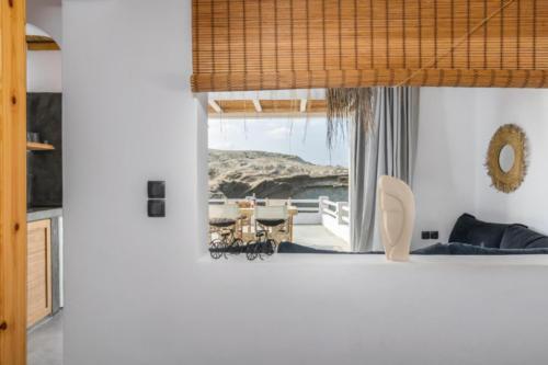 ideal_vacations_aqua_house_3_20